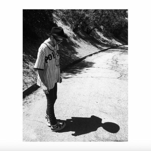 Bill instagram : ⬛️⬜️ #KTZ #dior #rickowens