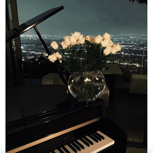 Bill instagram : 🌹🎹