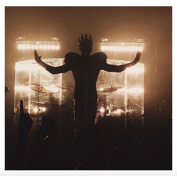 Bill instagram : 👑 #feelitall #live #america #july27th