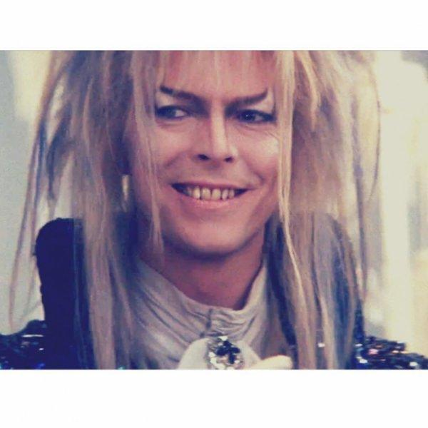 Bill instagram : hommage à David Bowie