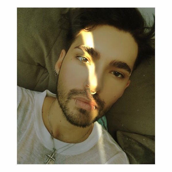 Bill Instagram : #selfie