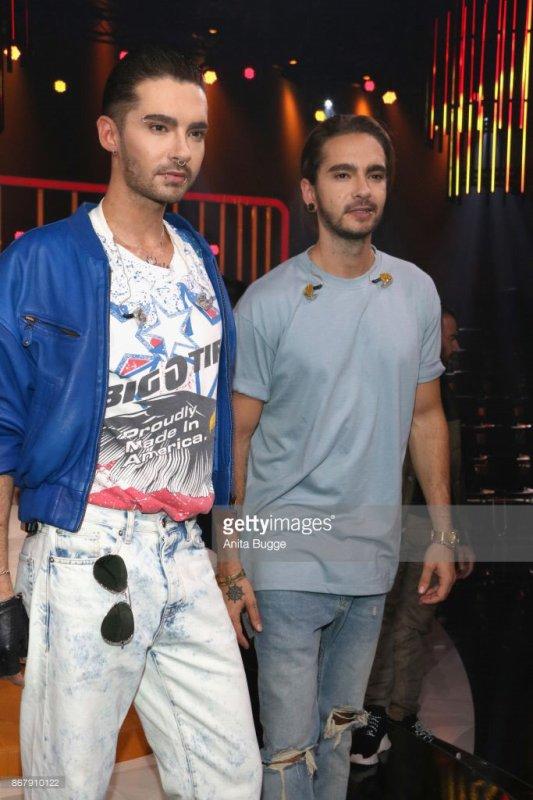 [NEW PICS] Bill & Tom Kaulitz at 'Klein gegen Gross' TV Show Photo Call - Berlin, Germany [29.10.2017]