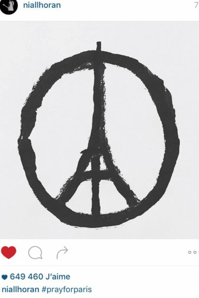 #PrayForParis ❤️