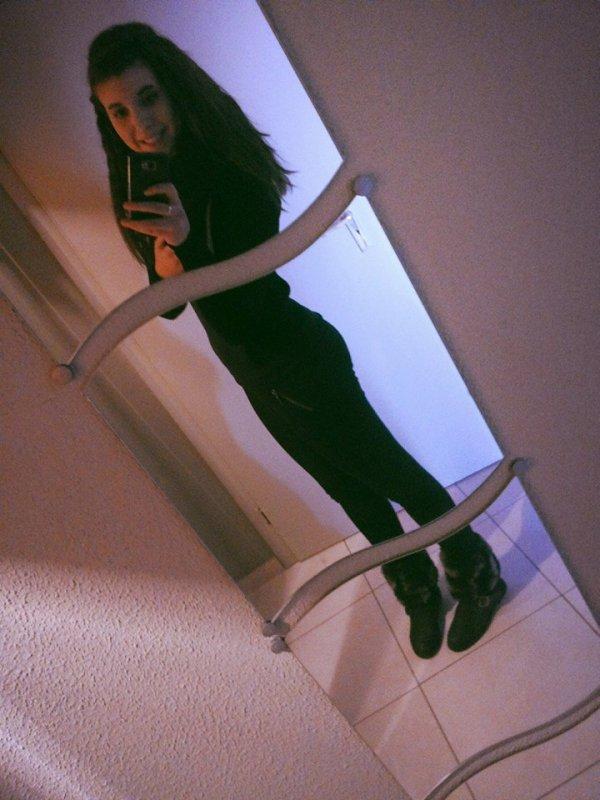 ~On est jeune , On y comprend rien .. ♥