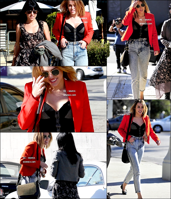 16/02/12 : Miley est allée déjeuner chez « California Pizza Kitchen » à Los Angeles, Californie.