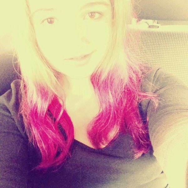 HAIR PINK AND PURPLE !