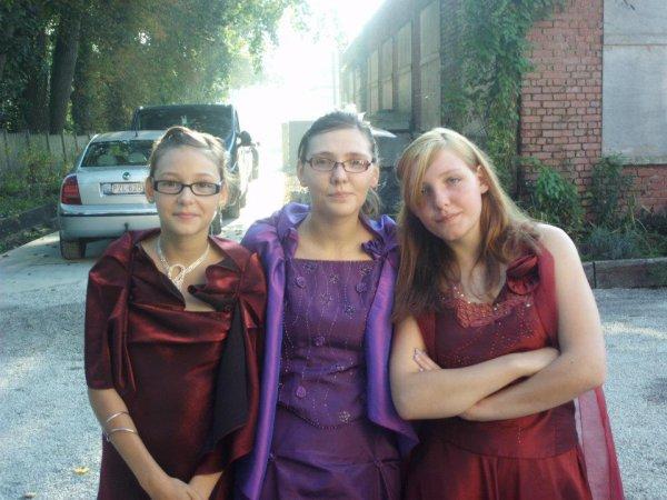 *moi et mes deux petites soeurs