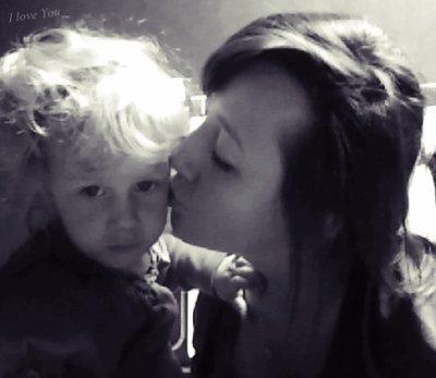 Ma poupée, ma princesse, mon ange, mon amour, ma puce, mon rève ; Cette petite fille ♥
