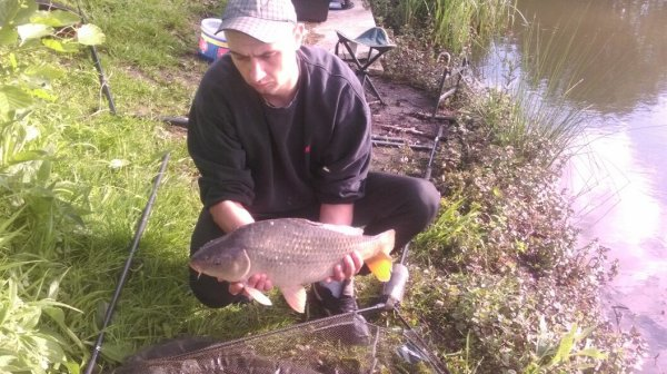 Petite pêche rapide à wavrin à la cane