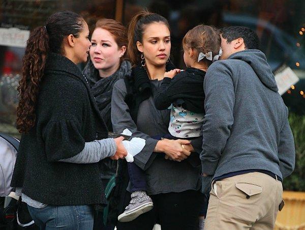 Candids du mercredi 23 novembre 2011.
