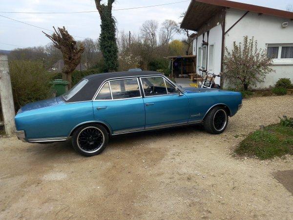 notres nouvelle voiture,une allemande avec un brin de general motors, une opel commodore 1967, une voiture qui ma donner envie de rouler en ricaine