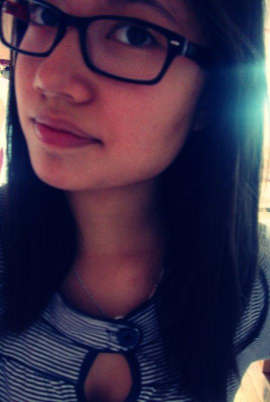 « Ferme les yeux , et le monde devient celui que tu veux .. »