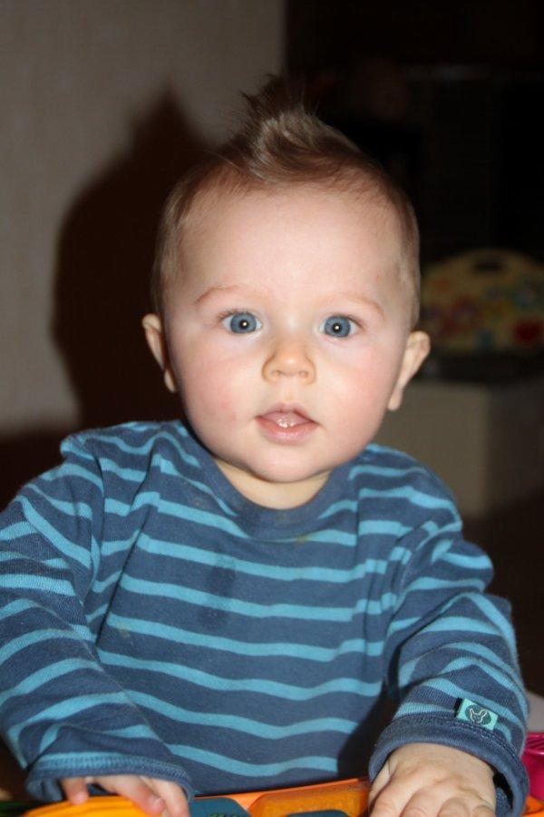 Il est trop beau mon petit frère!!!