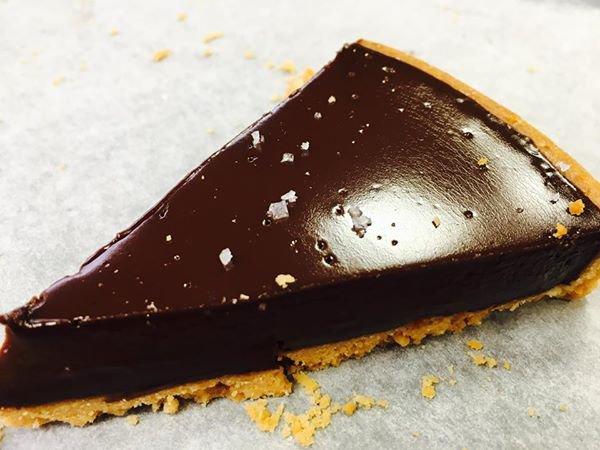 la tarte au chocolat que le Chef Philippe Conticini  a réalisé en live pour vous,