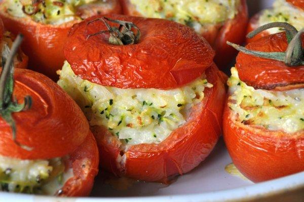 Tomates Farcies au Risotto de Courgettes