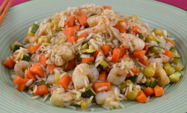 Riz Sauté aux Crevettes et Légumes