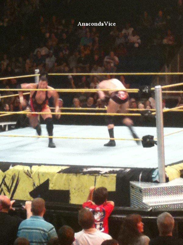 """Le """"Push"""" de Punky - Colt Cabana à la WWE"""