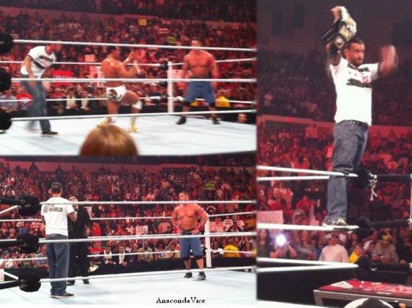 CM Punk & Mark Sanchez - Punk & Cena Heureux - After RAW Pics :)
