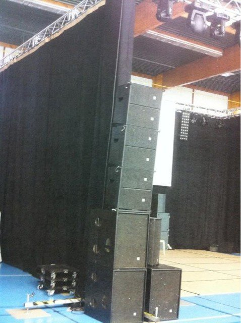 Lyne array HK Audio