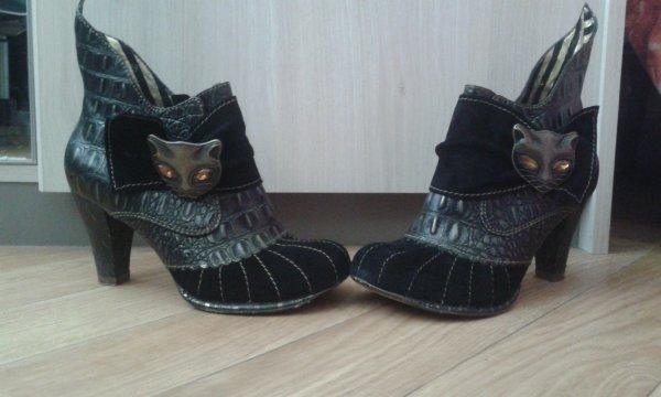 Je vends des chaussures (pour humain hein xD)
