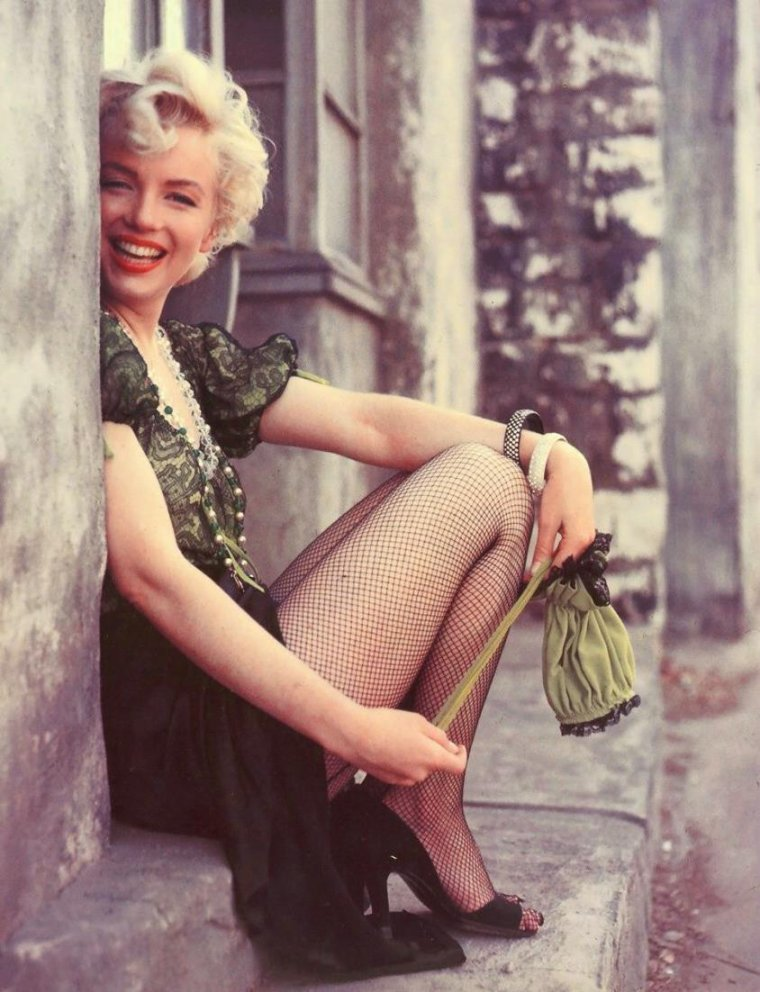 1954 / by Milton GREENE