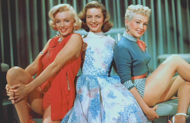 "1953 / Trio de charme ; Marilyn, Lauren BACALL et Betty GRABLE pour le film ""How to marry a millionaire""."