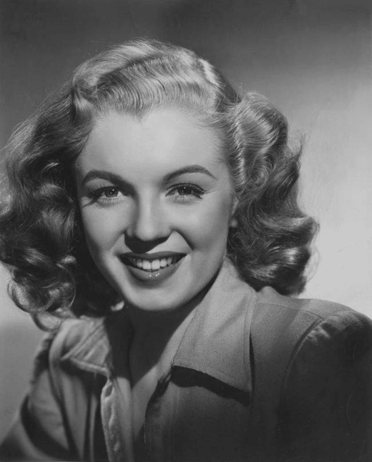 1947-49 / Divers portraits officiels de Marilyn pour la FOX.
