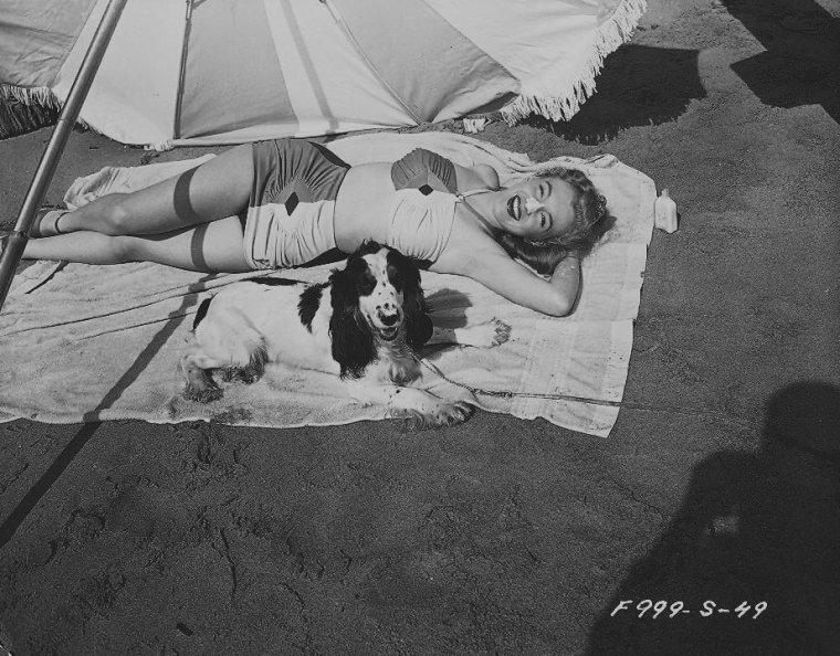 1947 / Photos publicitaires...