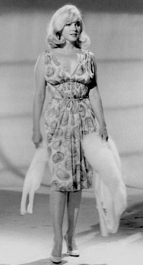 """1960 / Conférence de presse et cocktail pour toute l'équipe du film """"The misfits"""" (part 2, voir TAG)."""