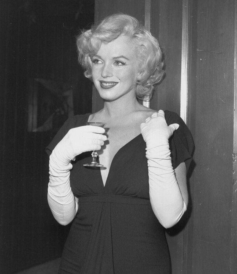 "1958 / by Earl LEAF and Roger MARSHUTZ... (Conférence de presse pour la sortie du film ""Some like it hot"") (part 3, voir TAG)."