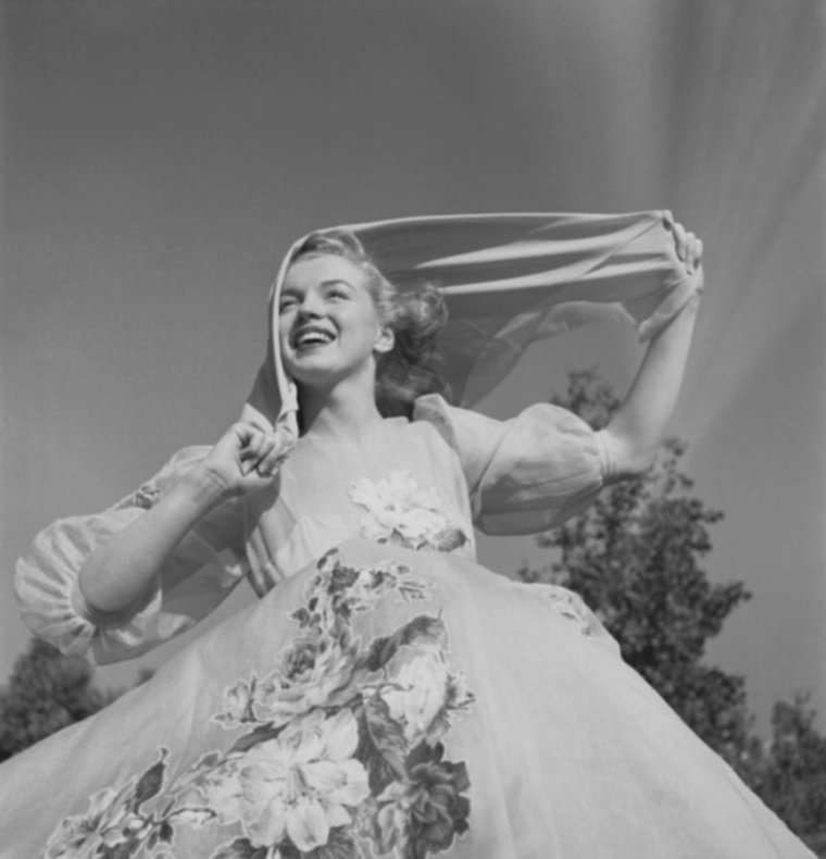 1947 / by Earl THEISEN