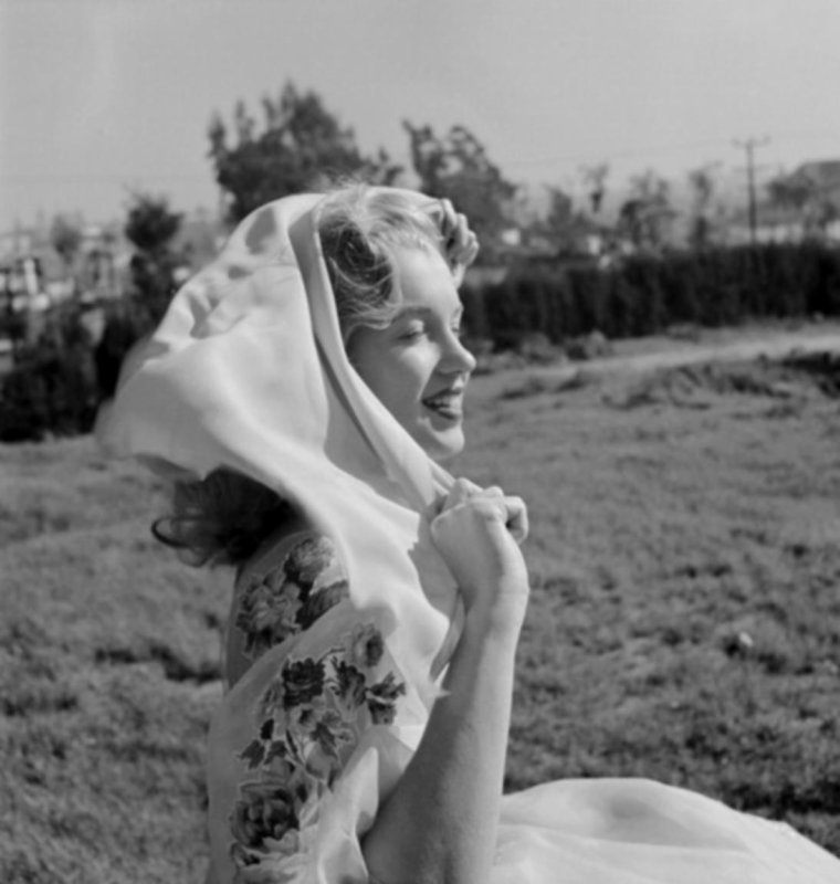1947 / by Earl THEISEN