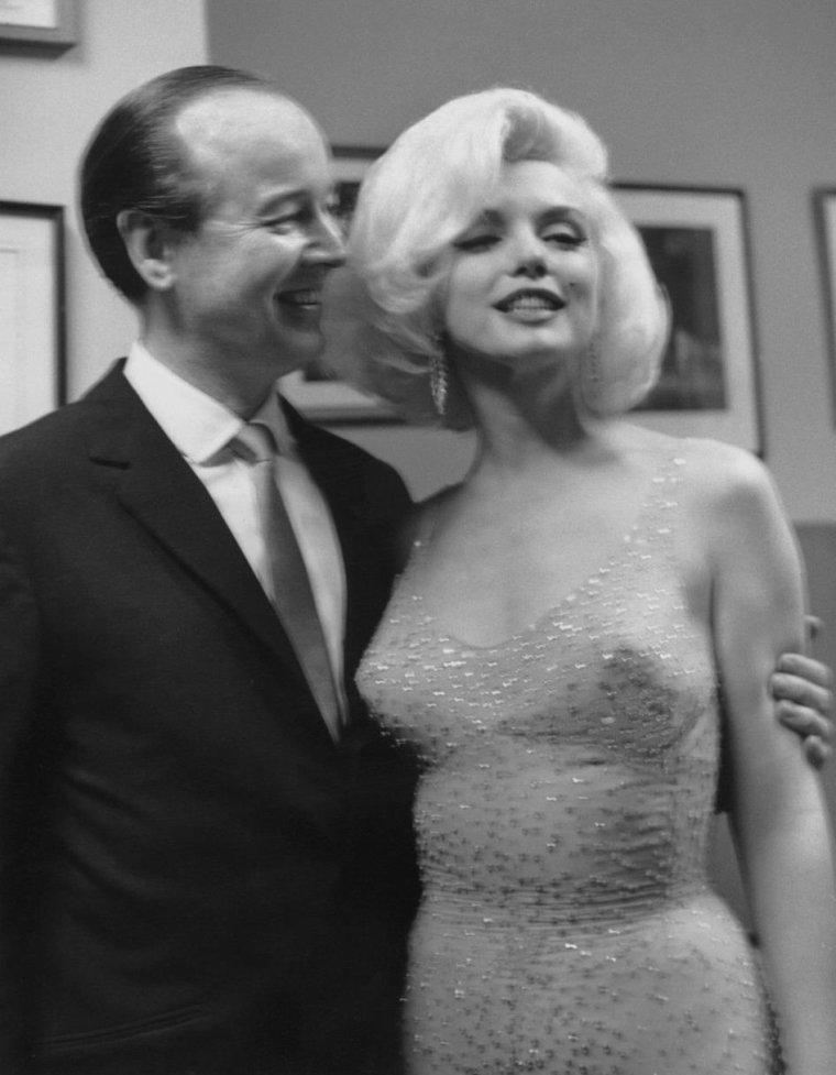 19 Mai 1962 / Marilyn lors de la soirée donnée en l'honneur de l'anniversaire de John F KENNEDY... (part 4, voir TAG). (avec entre autres, pour invitées féminines, Ella FITZGERALD, Maria CALLAS ou encore Peggy LEE).
