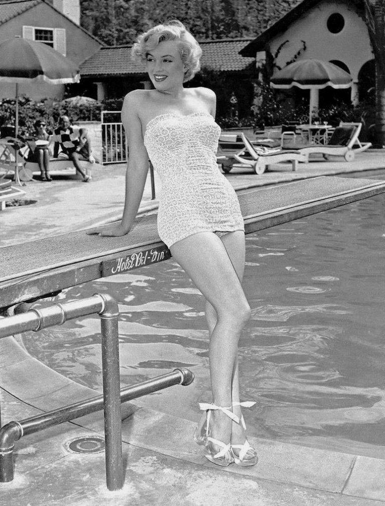 """1951 / Adresse prestigieuse pour une Star, le """"Bel-Air Hotel""""..."""