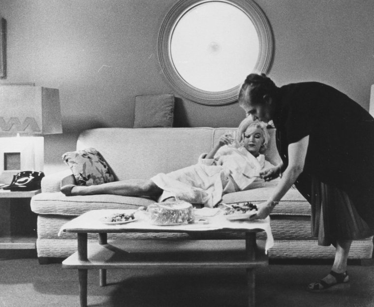 1962 / Marilyn and Paula STRASBERG by Lawrence SCHILLER