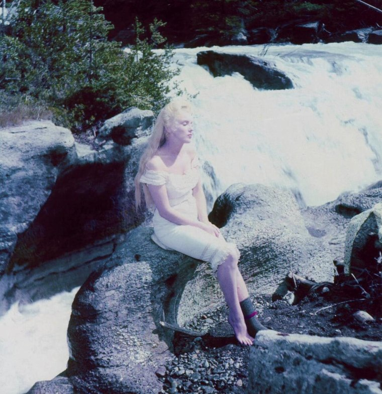 "1954 / Marilyn on the set of ""River of no return""."