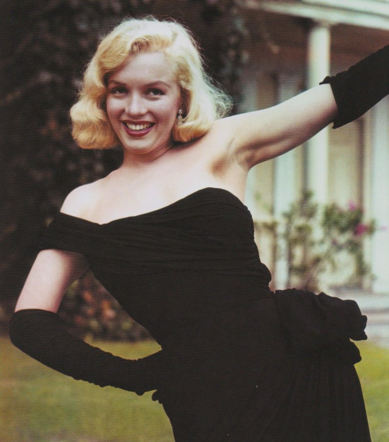 "1950 / Marilyn dans et lors du tournage du film ""The asphalt jungle""."