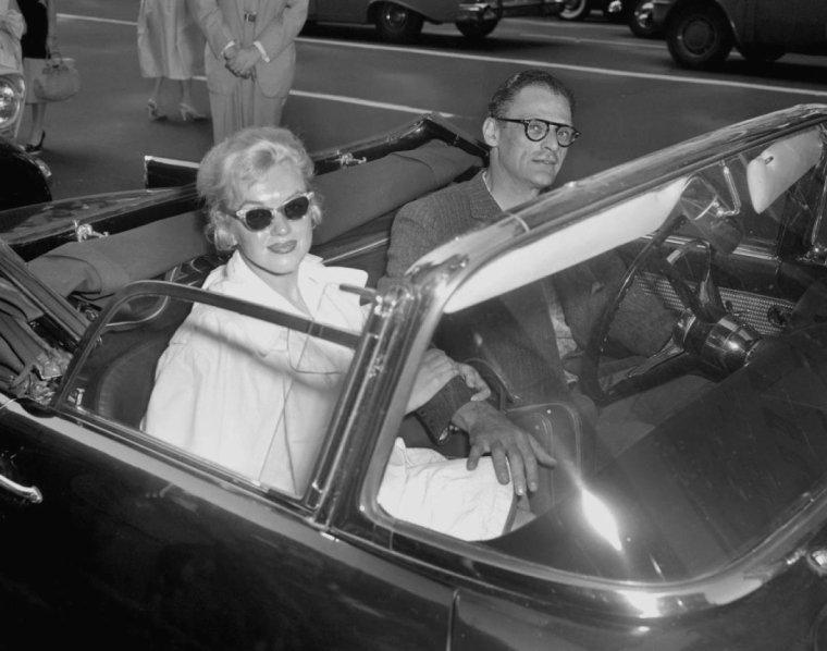 1957 / 13 Mai, départ pour Washington où MILLER fut convoqué devant la Commission des activités anti-américaines...