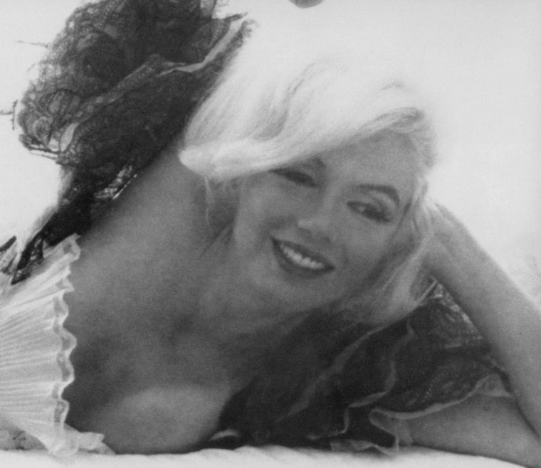 "1962 / ""In bed with Marilyn"" by Bert STERN (part 2, voir TAG)."