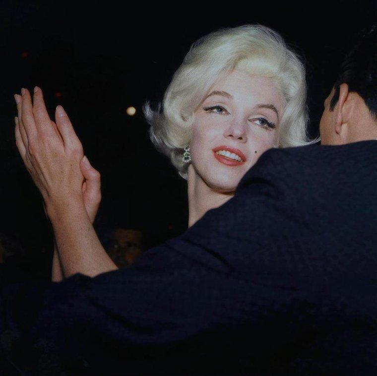 """1962 / Marilyn est conviée à la soirée des """"Golden Globe Awards""""... (part 4, voir TAG)."""