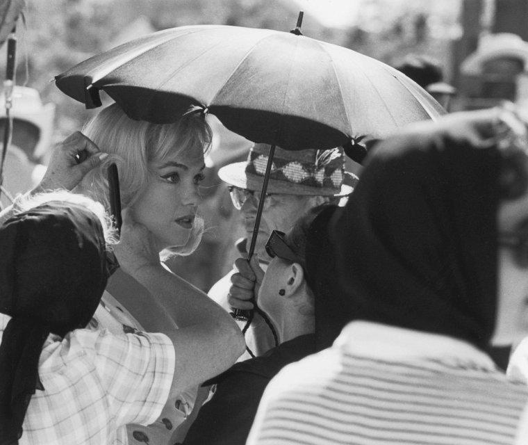 "1960 / Reno (Nevada), Marilyn lors du tournage du film ""The misfits""."