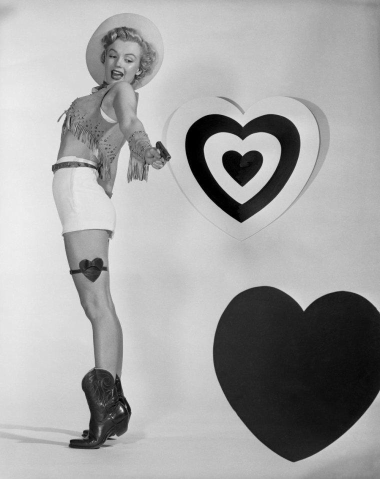 1951 / Valentines-Day...