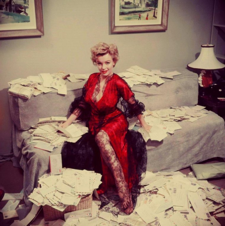 1951 / Marilyn by Slim AARONS