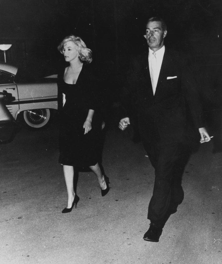 """1961 / Joe emmena Marilyn dans la station balnéaire tranquille et discrète de """"North Redington Beach"""". Ils logèrent au """"Tides Motor Inn"""", dans deux chambres séparées."""