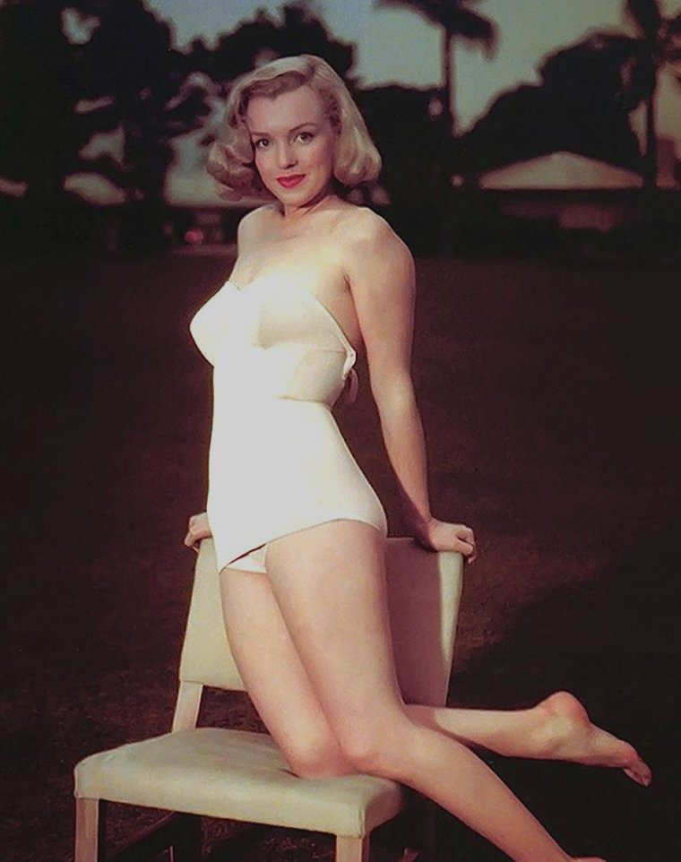 "1950 / Young Marilyn by Eric CARPENTER for ""The asphalt jungle""."
