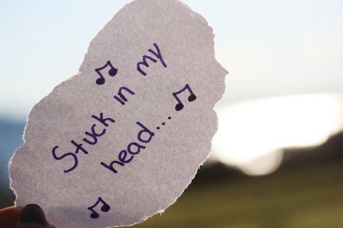 La musique va bien au-dela des mots. ▲
