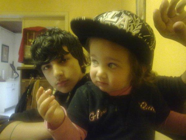 moi et ma p'tite cousine (trop mignonne)