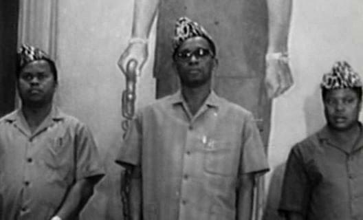 Tshisekedi et Mobutu justifiant la pendaison publique de 3 ministres, un sénateur et des plusieurs personnes en secret...
