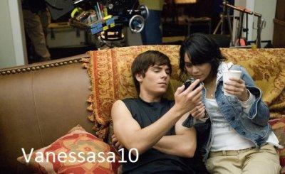 Zac et Vanessa . o vanessa j'ai eu un texto ! :D
