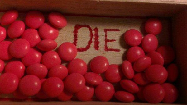 """Chapitre 2 : """"Le suicide n'est pas stupide . Traiter quelqu'un de stupide au point qu'il veuille se suicider est stupide"""" - Demi Lovato"""
